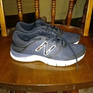 Shoes - New Balance 711 sneakers